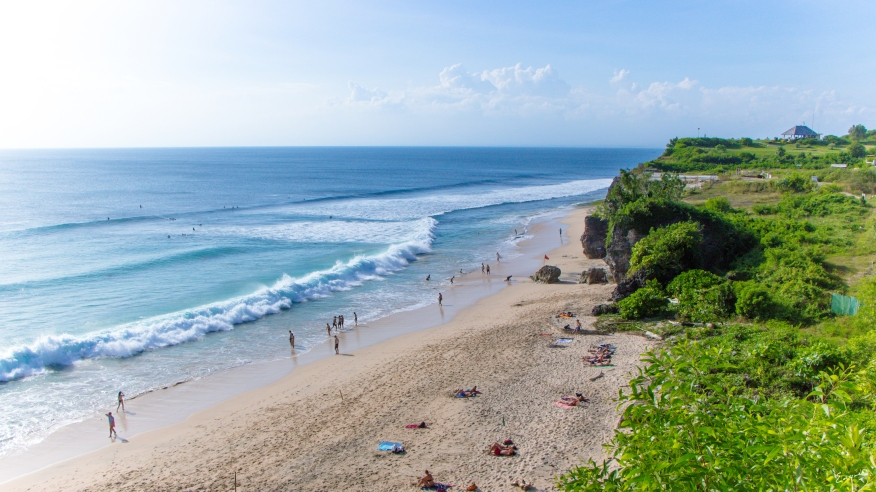 A wide shot of Dreamland Beach at the south-western part of Bali.